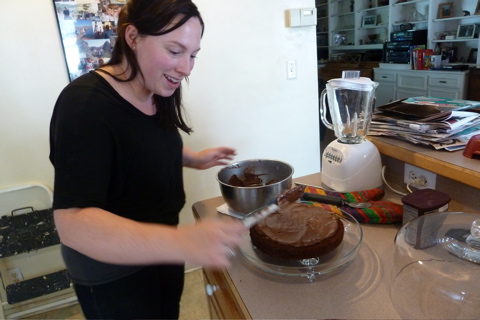 Alicia Frosting the Chocolate Cake © CKatt
