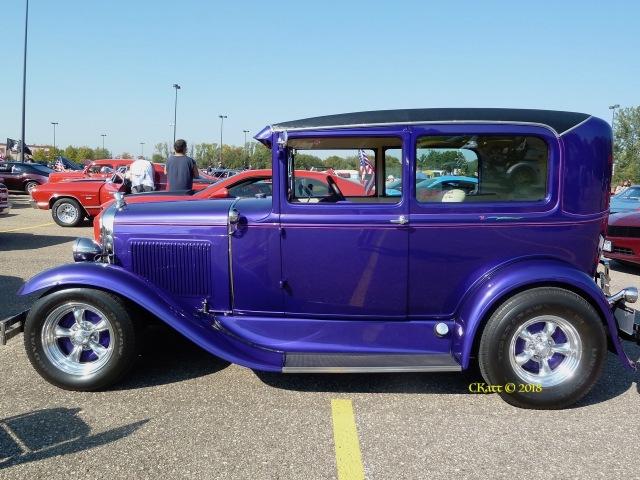 purple antique car