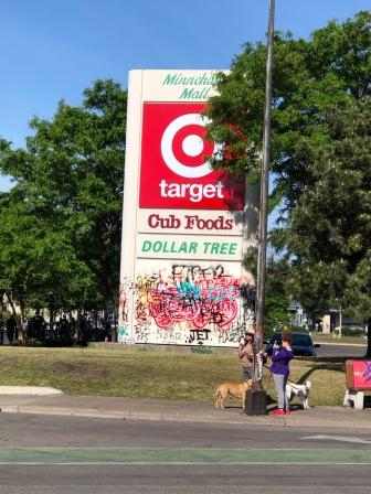 Shopping Mall Sign MPLS MN ©CKatt 5-31-2020